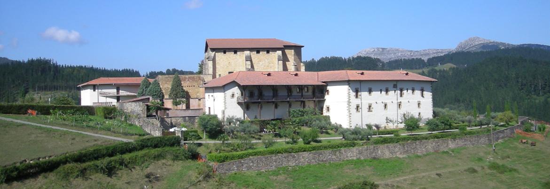 Fachada sur-este de Zenarruza